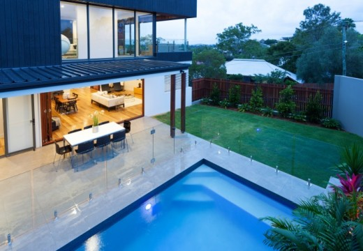 Glass Pool Fencing Is The Best Option To Beautify The Pool