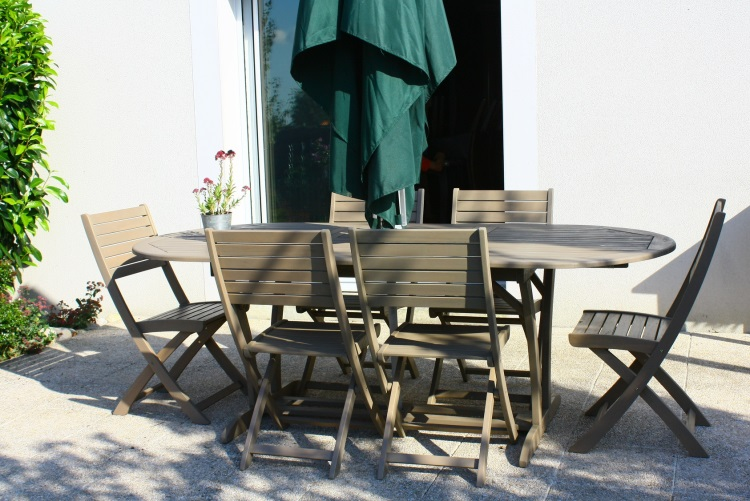 timber outdoor furniture melbourne