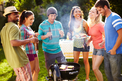 Tips For Organizing A Successful and Inexpensive Barbecue