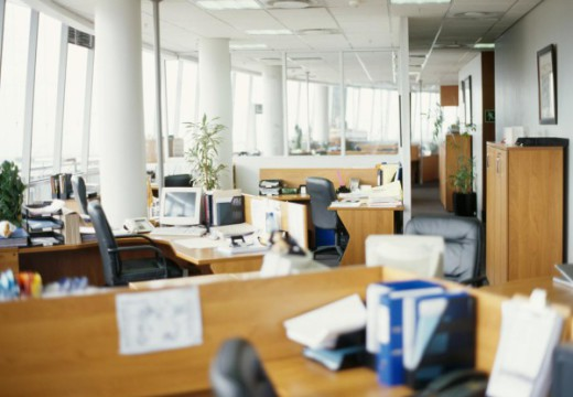 5 Ways To Improve Your Office Environment