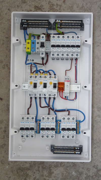 Signs That Your Home's Electrical System Is About To Go