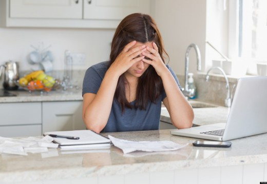 Battling With Finances? Anthony DeLuca To Your Rescue