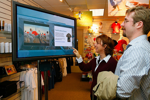 Effective Retail Marketing With Free Digital Signage Solutions