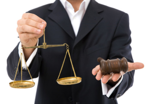 Steps That Can Help You Become A Corporate Lawyer