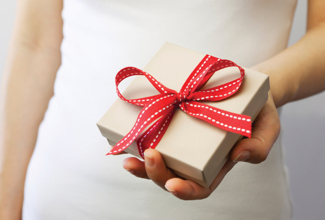 The College Student's Guide To Gifting On A Budget