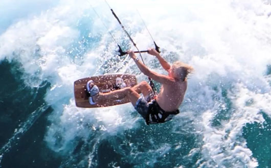 Kick Up The Excitement In Your Life By Kitesurfing
