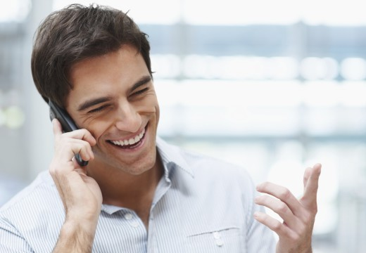 Make phone calls for free – Keep in touch with your loved ones all the time