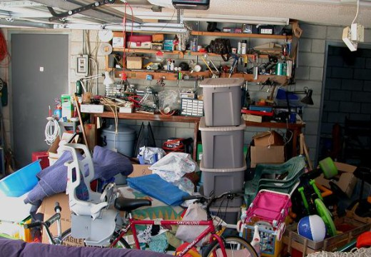 How Can You Get Rid From Garage Clutter?