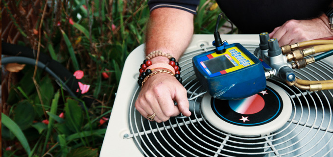 Hiring AC Maintenance Company vs. DIY AC Maintenance