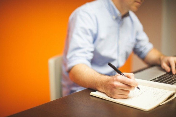 COMMON PITFALLS YOU SHOULD AVOID WHILE WRITING MBA ESSAYS