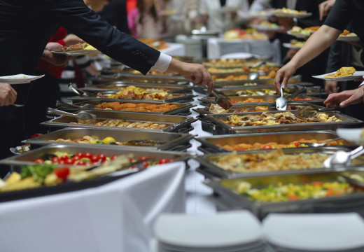 Choosing The Right Dining Service For Your Event
