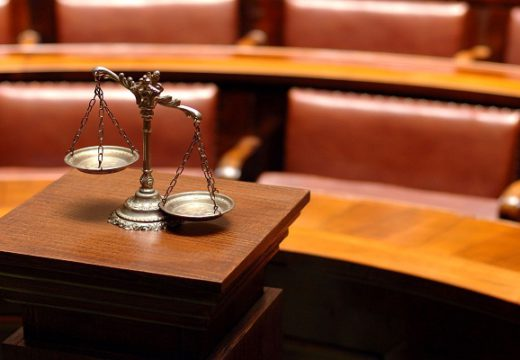 Factors To Consider Before Choosing A Family Law Firm
