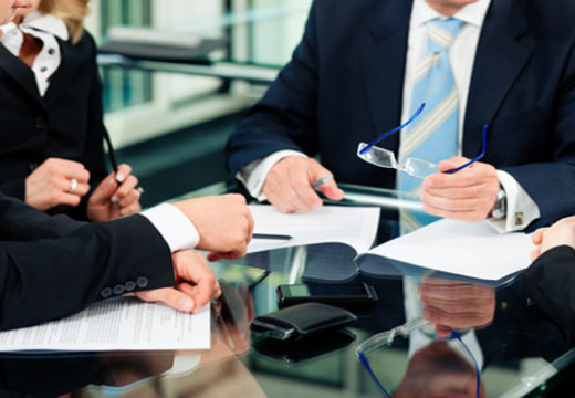 Commercial Litigation Attorneys and How They Can Help You