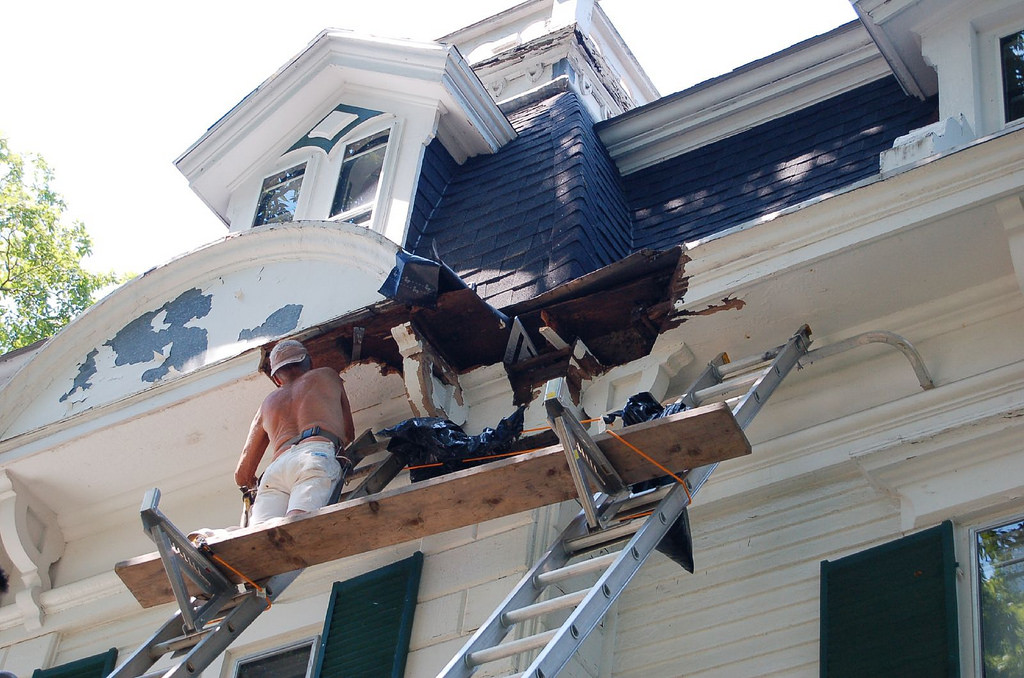 How To Look Into The Credentials Of An Ann Arbor Roofing Michigan Company