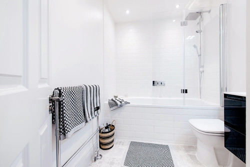7 Ways to Make Your Bathroom Appear Extra Spacious