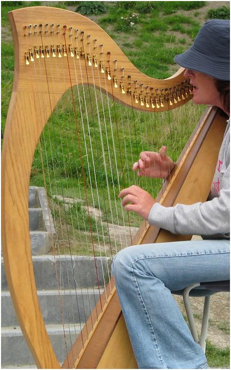 The History and Symbolism Of The Irish Harp
